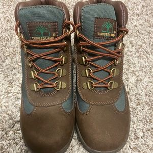 TIMBERLAND FIELD BOOT SZ 3.5Y